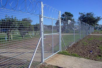 Barded wire fencing