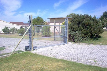 Security fences for complexes